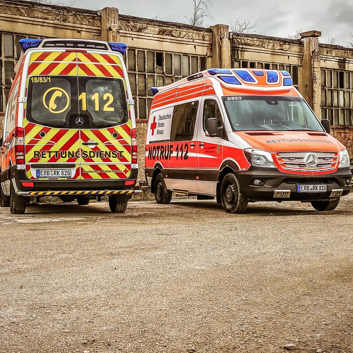 Rettungsdienstwagen im Odenwald